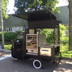 Sommelier on wheels